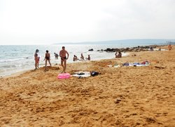 Семейный пляж в Феодосии