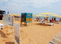 Пляж с удобствами в Феодосии «Жемчужный»