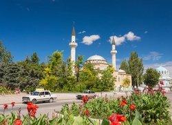 Евпатория вид на мечеть Джума-Джами и Свято-Николаевский собор