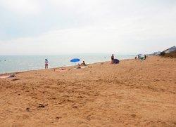 Пляж Песчанка в Приморском под Феодосией