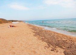 Пляж Песчанка на окраине Приморского