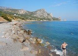 Кацивели дикий каменистый пляж