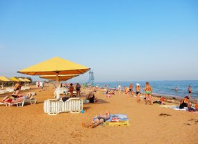Пляж Сандали отдых в Керчи