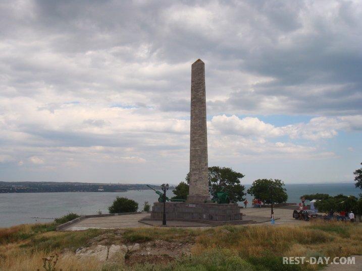 Обелиск Славы в Керчи на горе Митридат