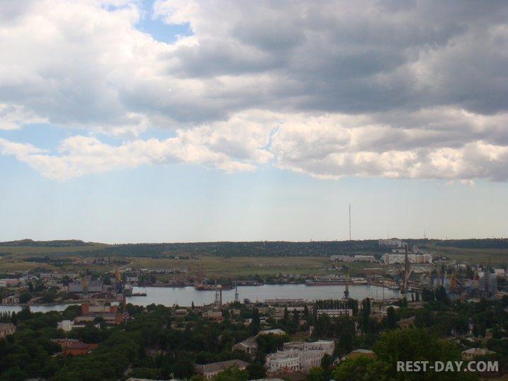 Керчь, морской торговый порт Керчи