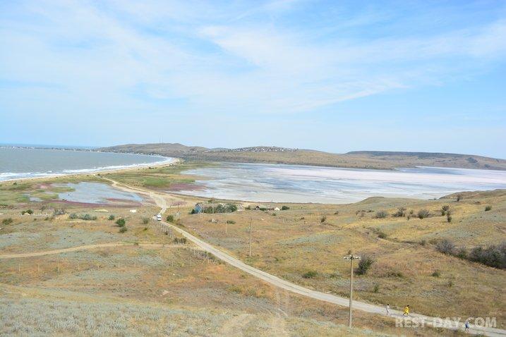 озеро Чокракское возле Керчи, село Курортное (3 км.)