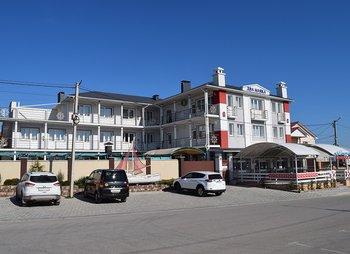 Гостевой дом Два Маяка в Севастополе