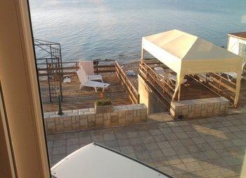 Дом прямо на пляже на 7-15 человек в Николаевке