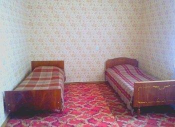 Просторные светлые комнаты в большом доме село Молочное возле Евпатории